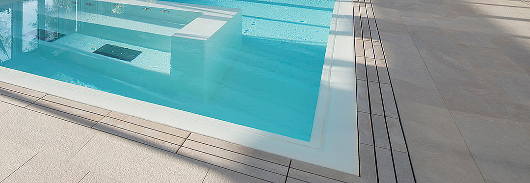 Acclaimed tile grating for hotels and spa swimming pools