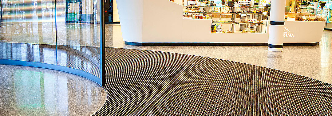 Entrance mat systems for shopping malls and centres