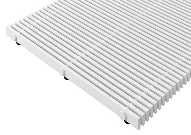 Floor gratings for large pool areas