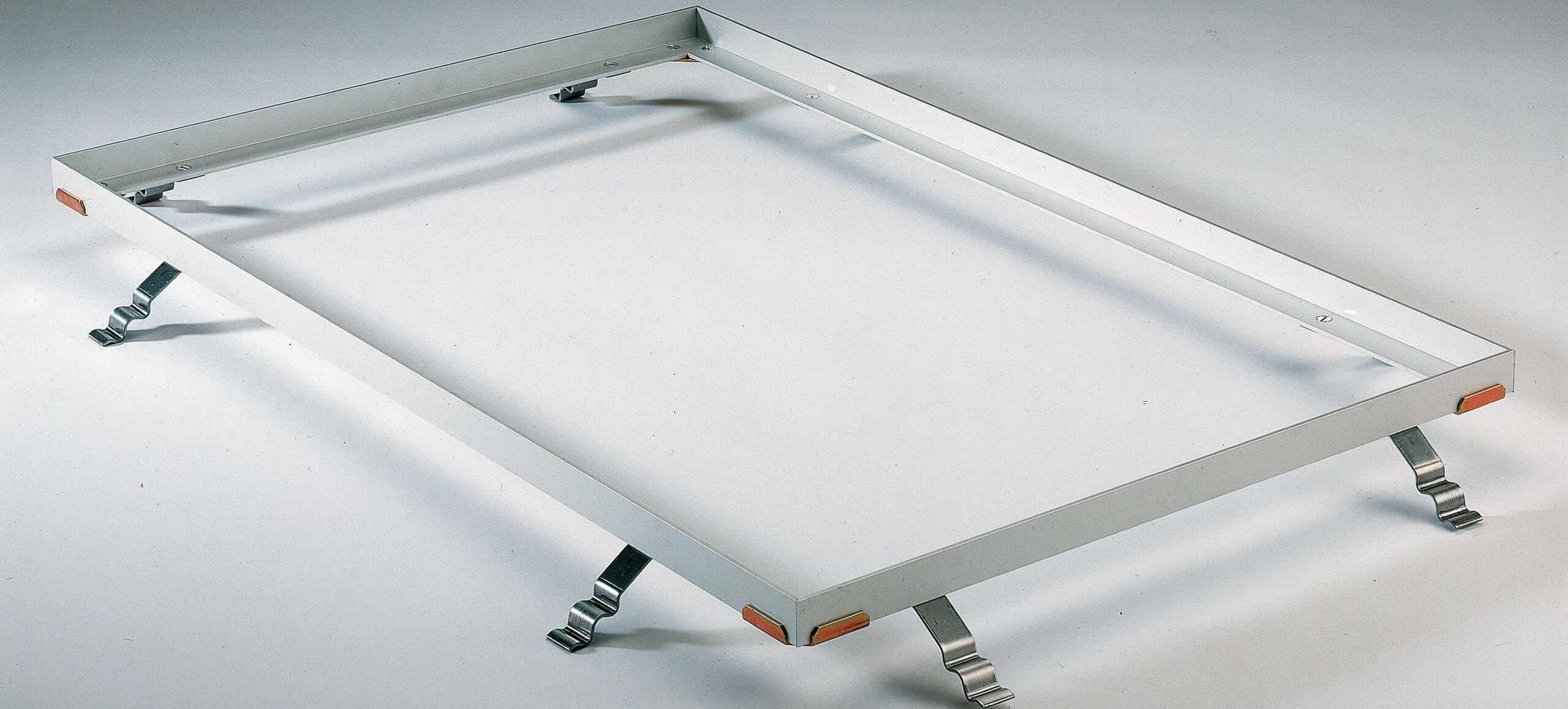 Installation frame for entrance mats in housing companies
